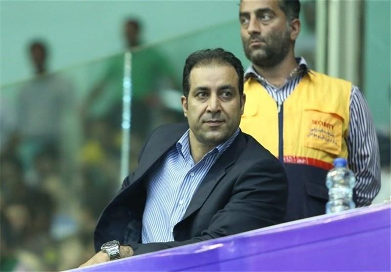 منظمی: یکی از مدیران وزارت ورزش سناریوی خوبی برای حضور داوری در فدراسیون والیبال نوشت، من برکنار شده بودم!